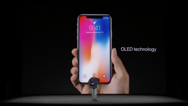 Apple iPhone X © Apple