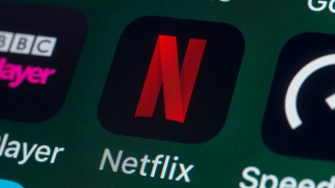 Netflix-App©iStock.com/stockcam