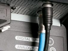 Der Acer hat zwei Antennenbuchsen, um DVB-T und analoges Kabel-TV ohne Umstöpseln anzeigen zu können.