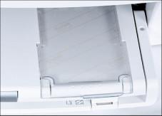 Kodak Easyshare 5300 Praktisch für jeden, der häufig Fotos druckt: Das Easyshare hat ein zweites Papierfach für Fotopapier im Format 10 x 15 Zentimeter.