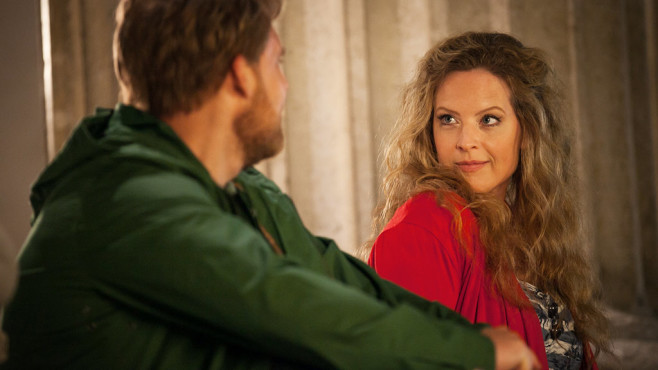 Lisa hat noch immer Gefühle für Jochen. ©SAT.1