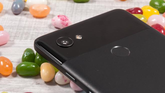 """Google Pixel 2 XL: Test, Preis, Release, News Die hervorragende 12,2-Megapixel-Kamera liefert auch mit """"nur"""" einer Linse beeindruckende Fotos.©COMPUTER BILD"""